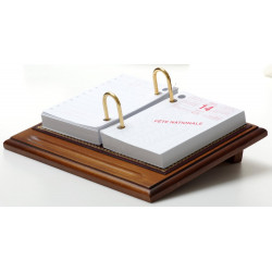 Bloc éphémeride-calendrier Bois et Cuir Bordeaux Collection Trianon